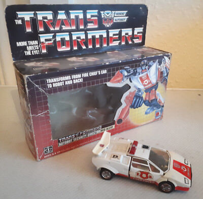 HASBRO Vintage TRANSFORMERS Autobot Security Director RED ALERT w/ Original BOX