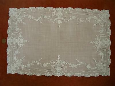 SUPERB REFINED HANDMADE Antique VTG APPENZELL TYPE EMBROIDERY LACE RUNNER *URNS