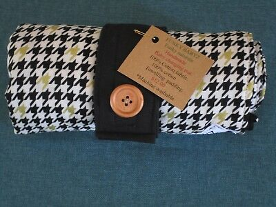 Handmade baby changing mat 100% cotton-Black/gold meticulous pattern.