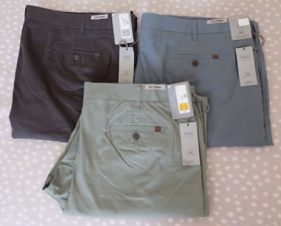 Mens M&S Super Lightweight Active Waist Straight Regular Fit Chinos