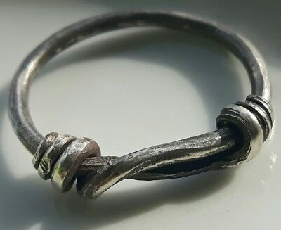 ** Wire Ring ** Silver  Roman Celtic Ring ** Rare