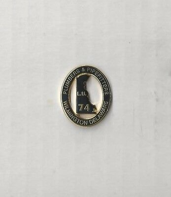UA PLUMBERS PIPEFITTERS STEAMFITTERS UNION Local 74 Wilmington Delaware Pin