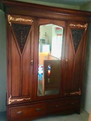 Fine Arts & Crafts double-fronted wardrobe with Art Nouveau copper hinges