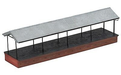 Hornby Covered Loading Bay or Platform R9815 OO Scale (suit HO Also)