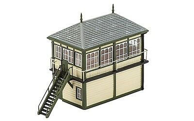 Hornby Granite Station Signal Box R9838 OO Scale (suit HO also)