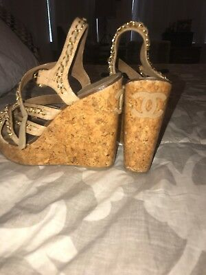 378ccb8ec31 CHANEL Tan leather Platform Wedge Heels Sandals with gold chain Shoes 8 38