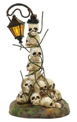 Dept 56 SV Halloween Boneyard Street Light #4057630 BRAND NEW Free Shipping
