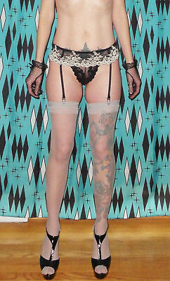 Vintage Wacoal Garter Belt & Stocking Set M-L embroidery pinup clothing girl