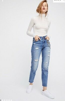Auth LEVI'S Wedgie Fit High Rise Snug Through Hop & Thigh Tapered Leg 25 $98 NWT