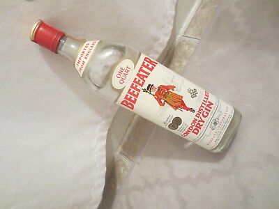 Beefeater London Distilled Dry Gin 1970s One Quart 94 Proof.