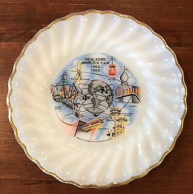 Vintage New York World's Fair 1964 1965 Peace Anchor Hocking Souvenir Plate
