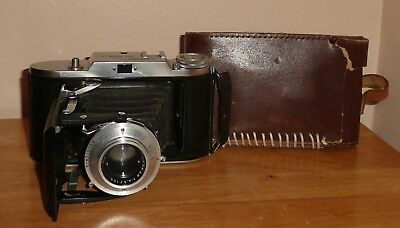 Voigtlander Bessa 1 with case - Currently Untested, Sold as Seen.