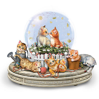 """""""Paws-itively Precious"""" Rotating Musical Glitter Globe"""