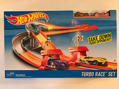 HOT WHEELS TURBO RACE SET Opponent take Down Expandable Set w/ Exclusive Car NIB