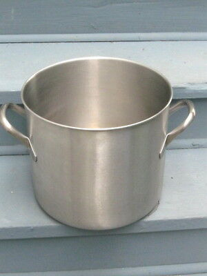 VOLLRATH Used Stainless Steel 24 Qt. Stock Pot.