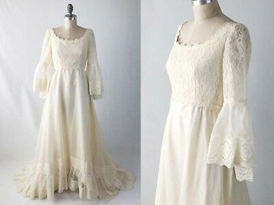VTG 70s Bohemian Lace Bell Sleeve Alessandro Bridals Ivory Wedding Dress Size M