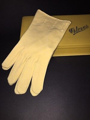 Vintage 40s 50s Butter Yellow Cotton Gloves