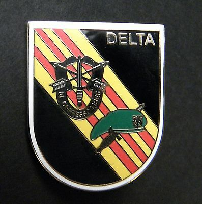 Us Army Delta Force Flash Special Forces Lapel Pin Badge 1.5 Inches