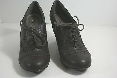 Women's Cato Dark Gray Lace Up Oxford Heels Size 8.5 Vegan Dress Career Shoes
