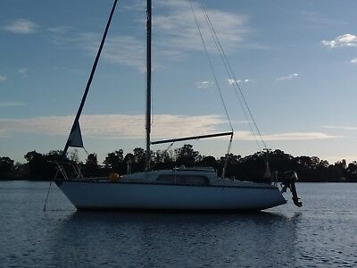 Hutton 24 With Mooring - Port Macquarie