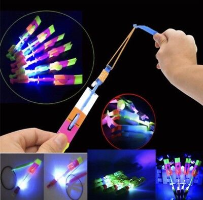 LED Arrows Helicopter Spinning Toy (10 stücke)