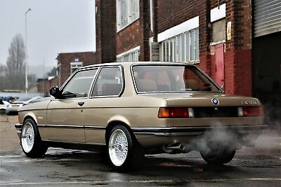 BMW E21 323i AUTOMATIC - CAR COLLECTION QUALITY - STUNNING