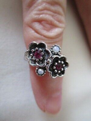 Vintage Avon Silver Flower Ring with red stones and faux pearls size 6 signed