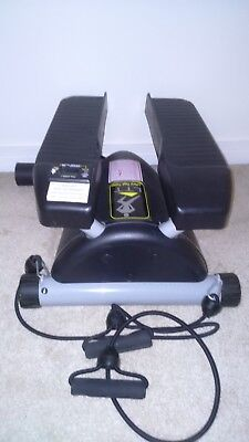 Lateral Thigh Trainer / Stepper