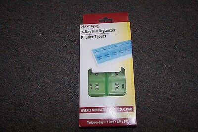 PILL ORGANIZER 7 DAY TWICE-A-DAY AM/PM Weekly Medication Tray Green BRAND NEW~