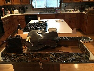 Toy Emenee Tiger Guitar with Amp