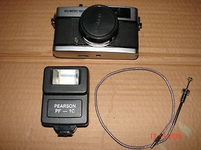 Olympus Trip 35 Vintage Film Camera With 40mm Lens +Flash & Cable release.