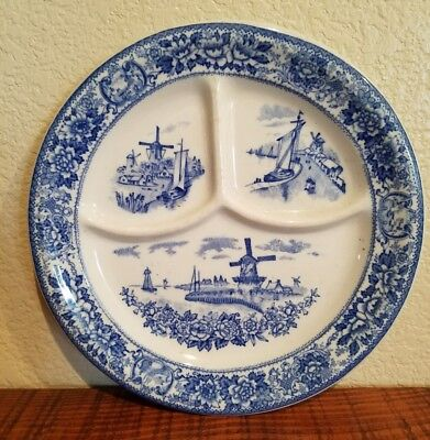 """Vintage McNicol China Blue Willow 9 ½"""" Divided Decorative Dinner Plate"""