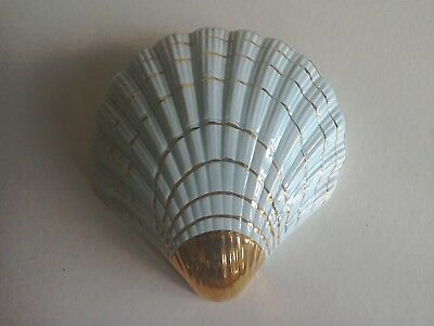 A Vintage Shell Shaped Light Blue And 22 Carat Gold Wall Pocket