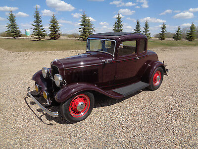 1932 Ford Model B  1932 Ford 5 Window Coupe Hot Rod Collector Car