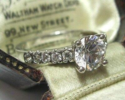 Beautiful Vintage Sterling Silver 925 CZ Crystal Art Deco Design Ring Size R 8.5