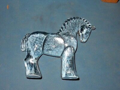 ARCHED NECK ART GLASS HORSE FIGURINE. STAND or LAY FLAT. SWEDEN KOSTA BODA VTG