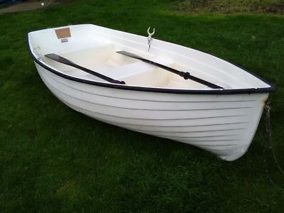 Dinghy dingy tender row boat