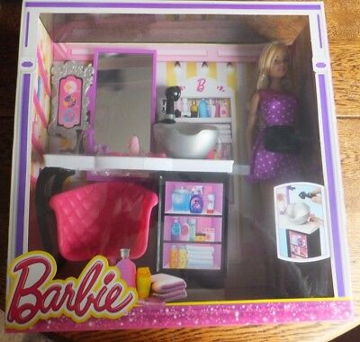 Barbie - Malibu Avenue Shops With Doll - Salon - Childs Playset - Suitable 3+