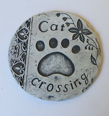 3 x Cat Crossing Round Stepping Stones Garden Path Trail Decorative Paving Step
