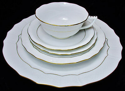 Herend Golden Edge 5pc Place Setting  1st QUALITY,  MINT!  $99 BUY IT NOW!