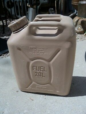 Scepter 20 L / 5 Gal MFC Military Fuel Gas Can Desert Sand EUC Used