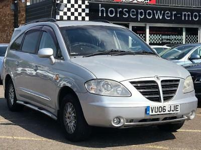 2006 Ssangyong Rodius 2.7 TD SX T-Tronic 5dr Diesel silver Automatic