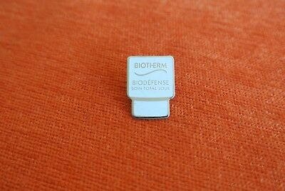 18949 Pin's Pins Parfum Perfume Cosmetic Biotherm