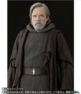BANDAI S.H.Figuarts Star Wars Luke Skywalker THE LAST JEDI JAPAN OFFICIAL IMPORT