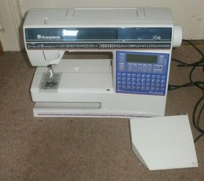 Husqvarna  550 Lily Sewing Quilting Embroidery Sewing Machine Computerized