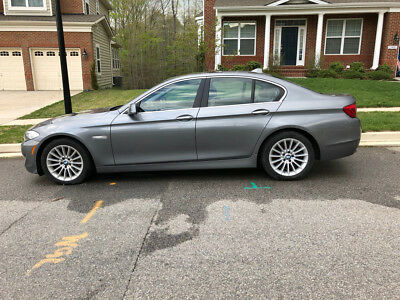 2011 BMW 5-Series 535i Rare 6 Speed Manual 2011 BMW 5 Series 535i 4D 3.0L Silver - Major Work Needed
