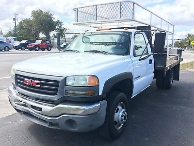 2004 GMC Sierra 3500  2004 GMC Sierra 3500 Classic Flatbed With Rack Pickup Truck V8 5.7L Automatic