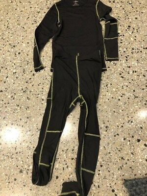 Black Thermal Top And Leggings- Size 14