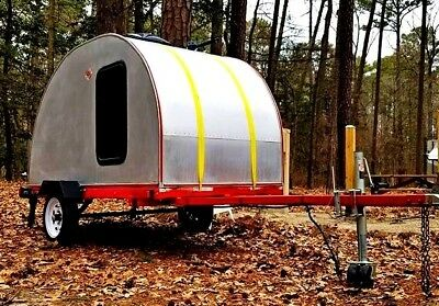 2016 BOONDOCK 'Caboose' 13' teardrop camper - in excellent condition.