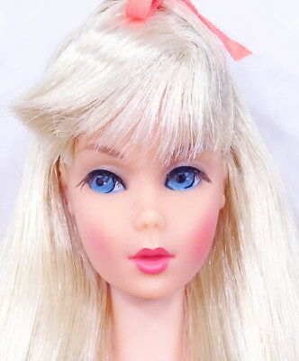 HTF STUNNING Vintage Platinum Blonde Twist 'N Turn Barbie Doll MINT